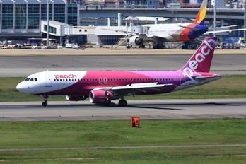 JA813P - Peach Aviation Airbus A320