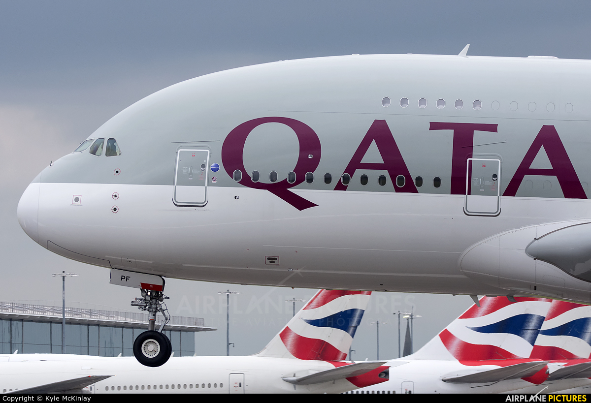 Qatar Airways A7-APF aircraft at London - Heathrow