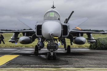39827 - Sweden - Air Force SAAB JAS 39D Gripen