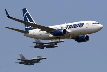 YR-BGH - Tarom Boeing 737-700