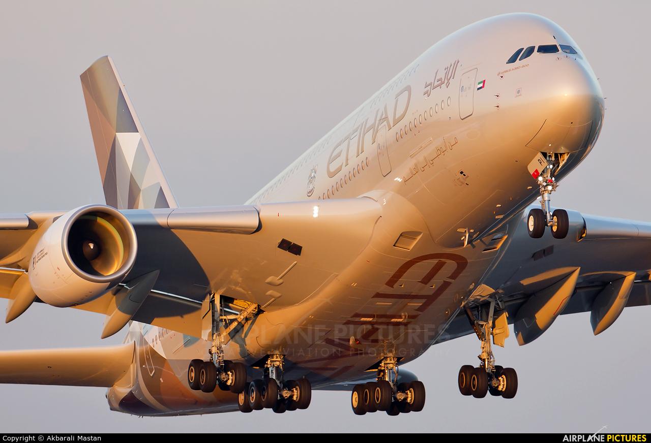 Etihad Airways A6-API aircraft at London - Heathrow