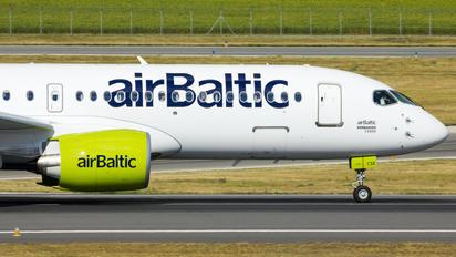 YL-CSE - Air Baltic Bombardier CS300