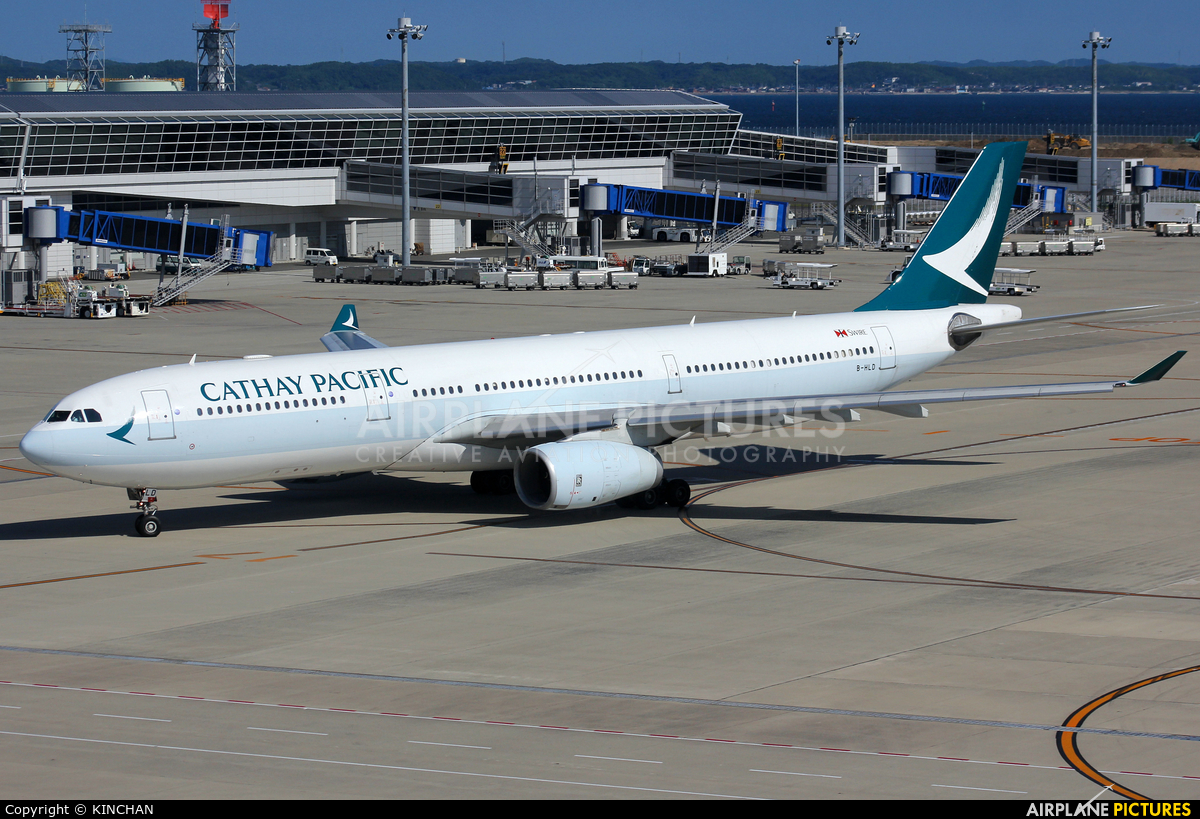 Cathay Pacific B-HLD aircraft at Chubu Centrair Intl