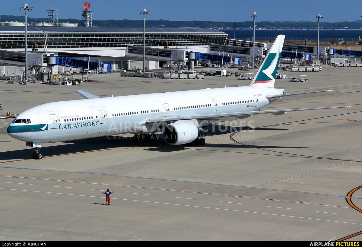 Cathay Pacific B-HNO aircraft at Chubu Centrair Intl