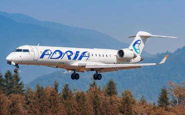 S5-AAW - Adria Airways Bombardier CRJ-700