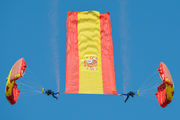 - - Spain - Air Force Parachute Military aircraft