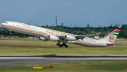 A6-EHI - Etihad Airways Airbus A340-600