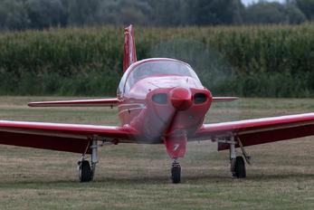 EI-BCJ - Private Falco F8