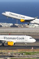 OO-TCX - Thomas Cook Belgium Airbus A320