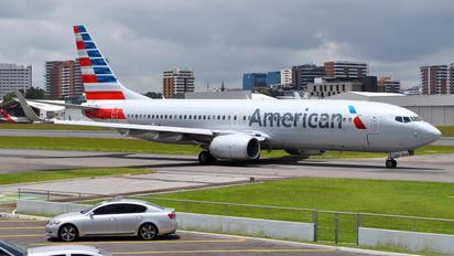 N927NN - American Airlines Boeing 737-800