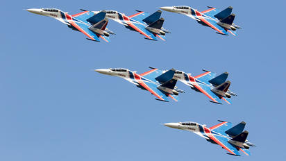 "30 - Russia - Air Force ""Russian Knights"" Sukhoi Su-30SM"