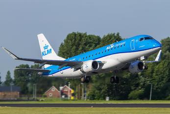 PH-EXM - KLM Cityhopper Embraer ERJ-175 (170-200)