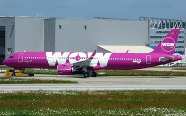D-AZAA - WOW Air Airbus A321 NEO