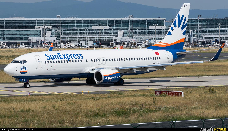 SunExpress TC-SEP aircraft at Frankfurt