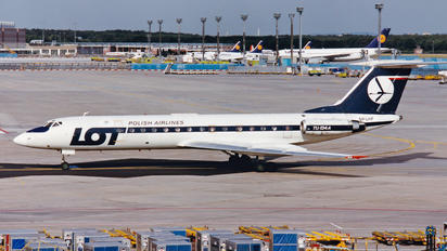 SP-LHF - LOT - Polish Airlines Tupolev Tu-134A
