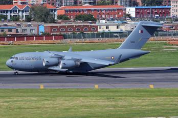 MAM - Qatar Amiri - Air Force Boeing C-17A Globemaster III
