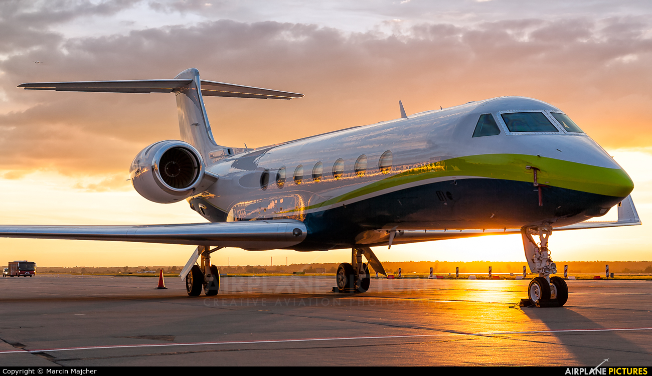 G550 For Sale >> N80AD - Private Gulfstream Aerospace G-V, G-V-SP, G500, G550 at Katowice - Pyrzowice | Photo ID ...