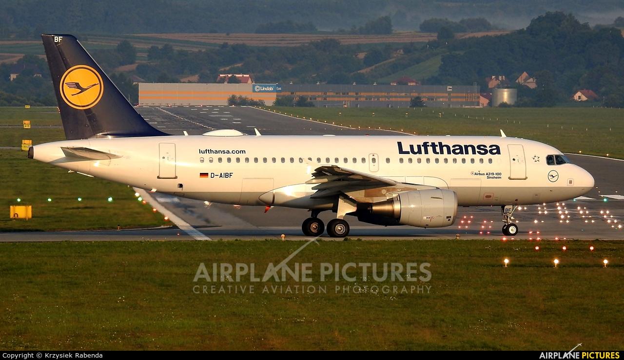 Lufthansa D-AIBF aircraft at Kraków - John Paul II Intl