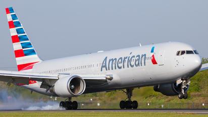 N379AA - American Airlines Boeing 767-300ER