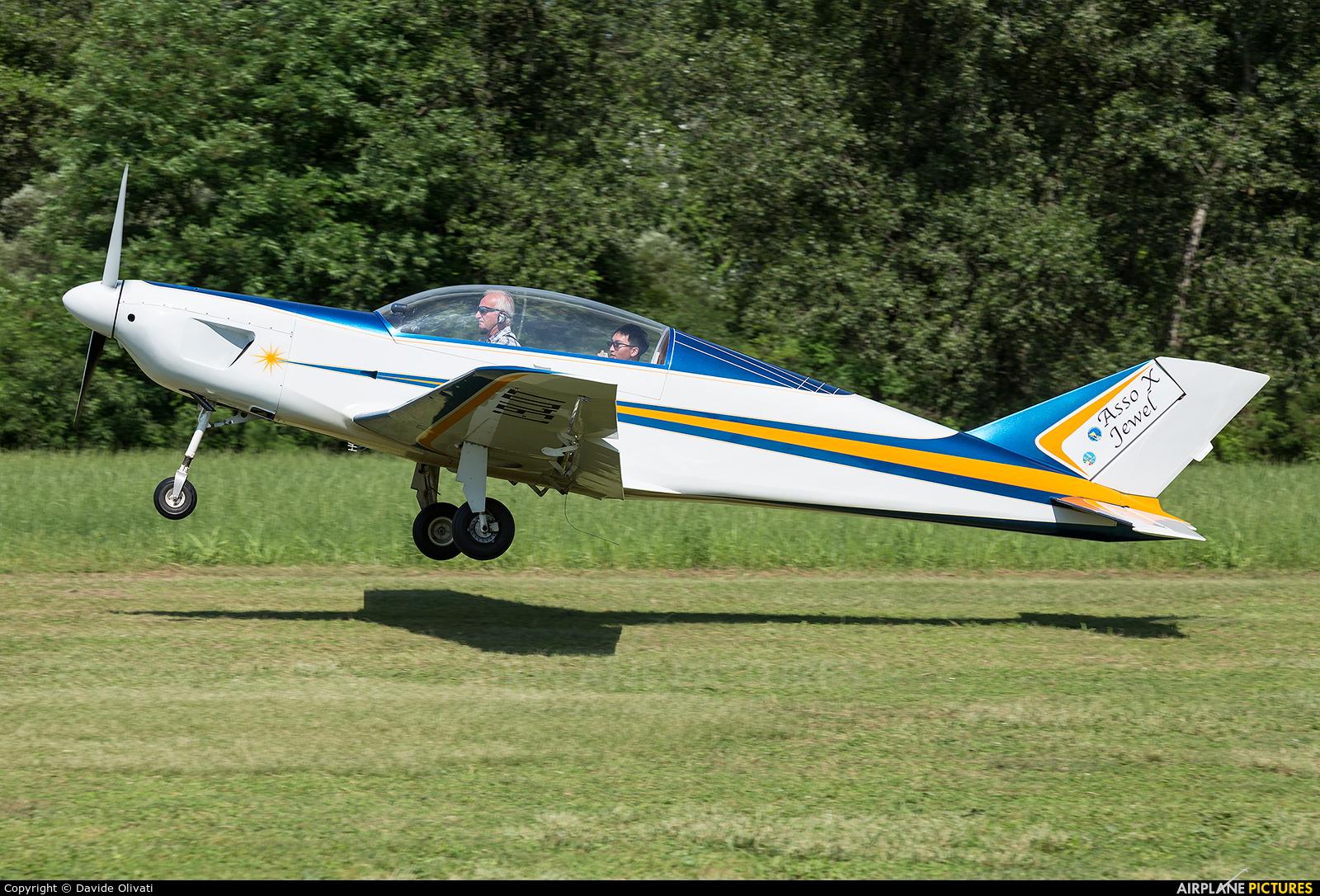 Private I-9407 aircraft at Nervesa della Battaglia
