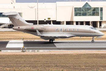 Bombardier BD-100 Challenger 300 series Photos | Airplane ...