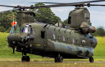 ZA710 - Royal Air Force Boeing Chinook HC.2