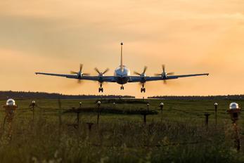 RA-75917 - Russia - Air Force Ilyushin Il-22