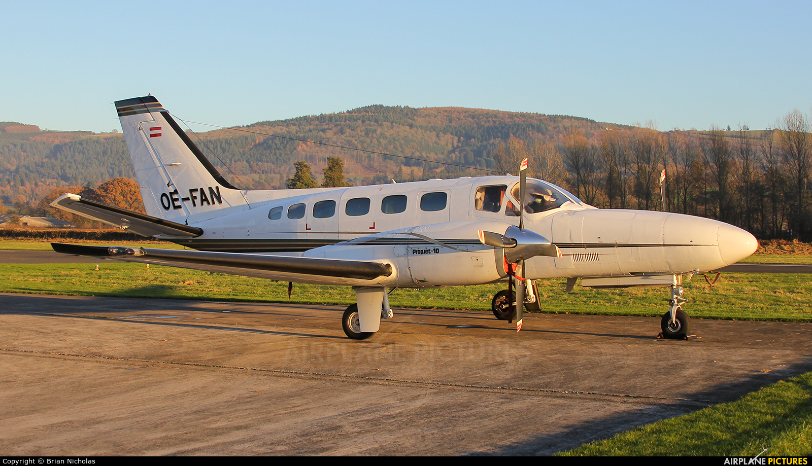 Private OE-FAN aircraft at Welshpool