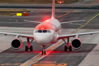 G-EZRB - easyJet Airbus A320