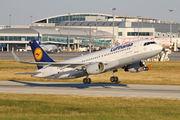 Lufthansa D-AIZZ image