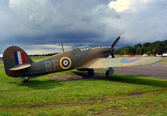 V6684 - Private Hawker Hurricane (replica)