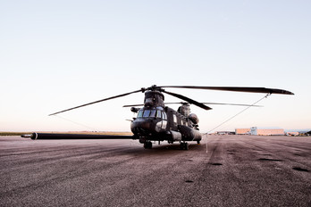 - - USA - Army Boeing MH-47G Chinook