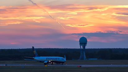 EI-DPX - Ryanair Boeing 737-800