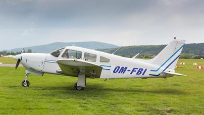 OM-FBI - Private Piper PA-28 Cherokee