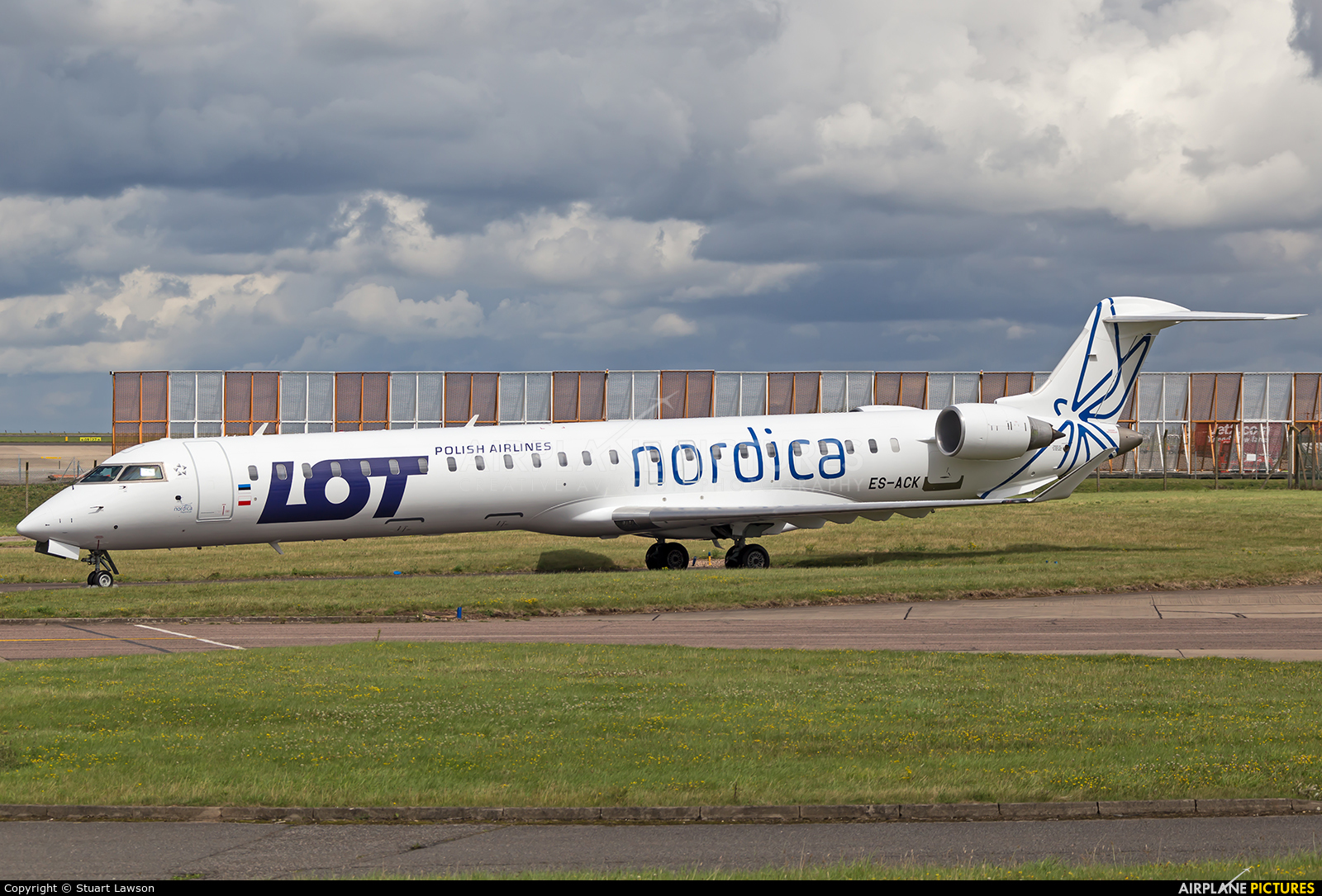 Nordica ES-ACK aircraft at East Midlands
