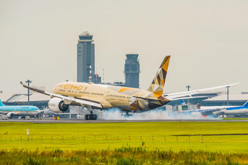 A6-BLA - Etihad Airways Boeing 787-9 Dreamliner