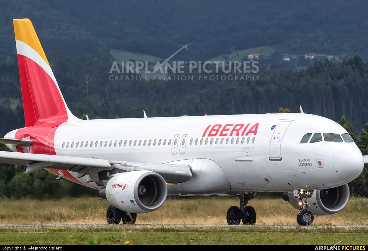 Iberia EC-JFN aircraft at Oviedo