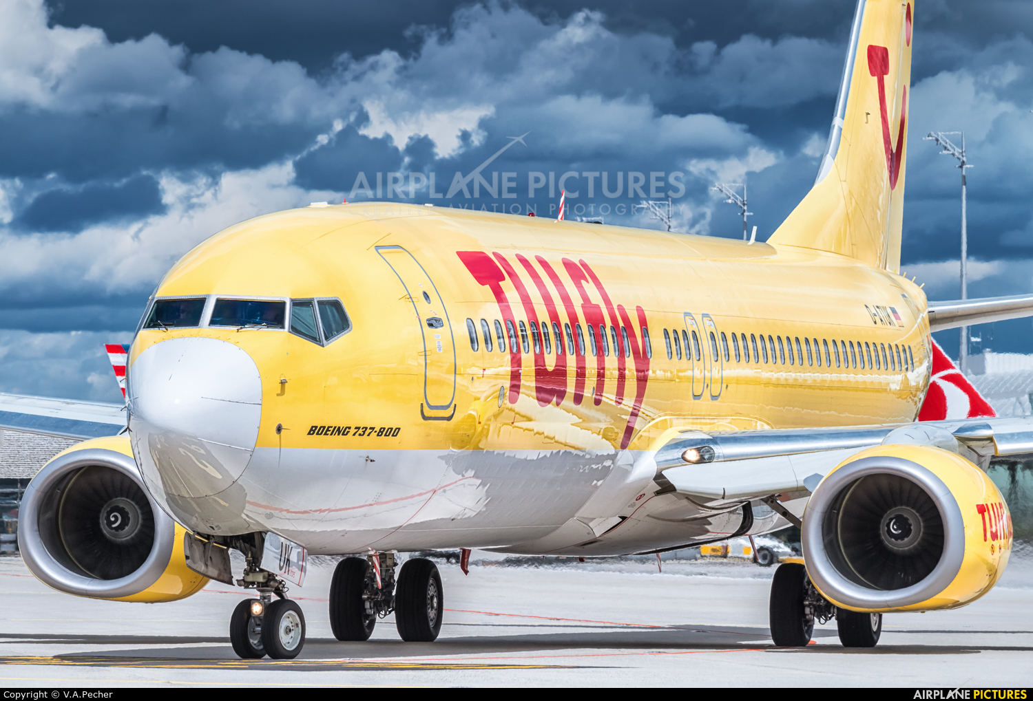 TUIfly D-ATUK aircraft at Munich