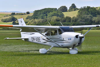 OM-ABE - Private Cessna 172 Skyhawk (all models except RG)