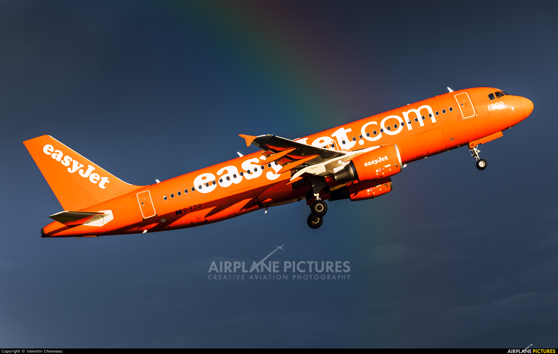 easyJet G-EZUI aircraft at Paris - Orly
