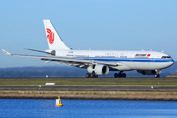 B-5918 - Air China Airbus A330-200