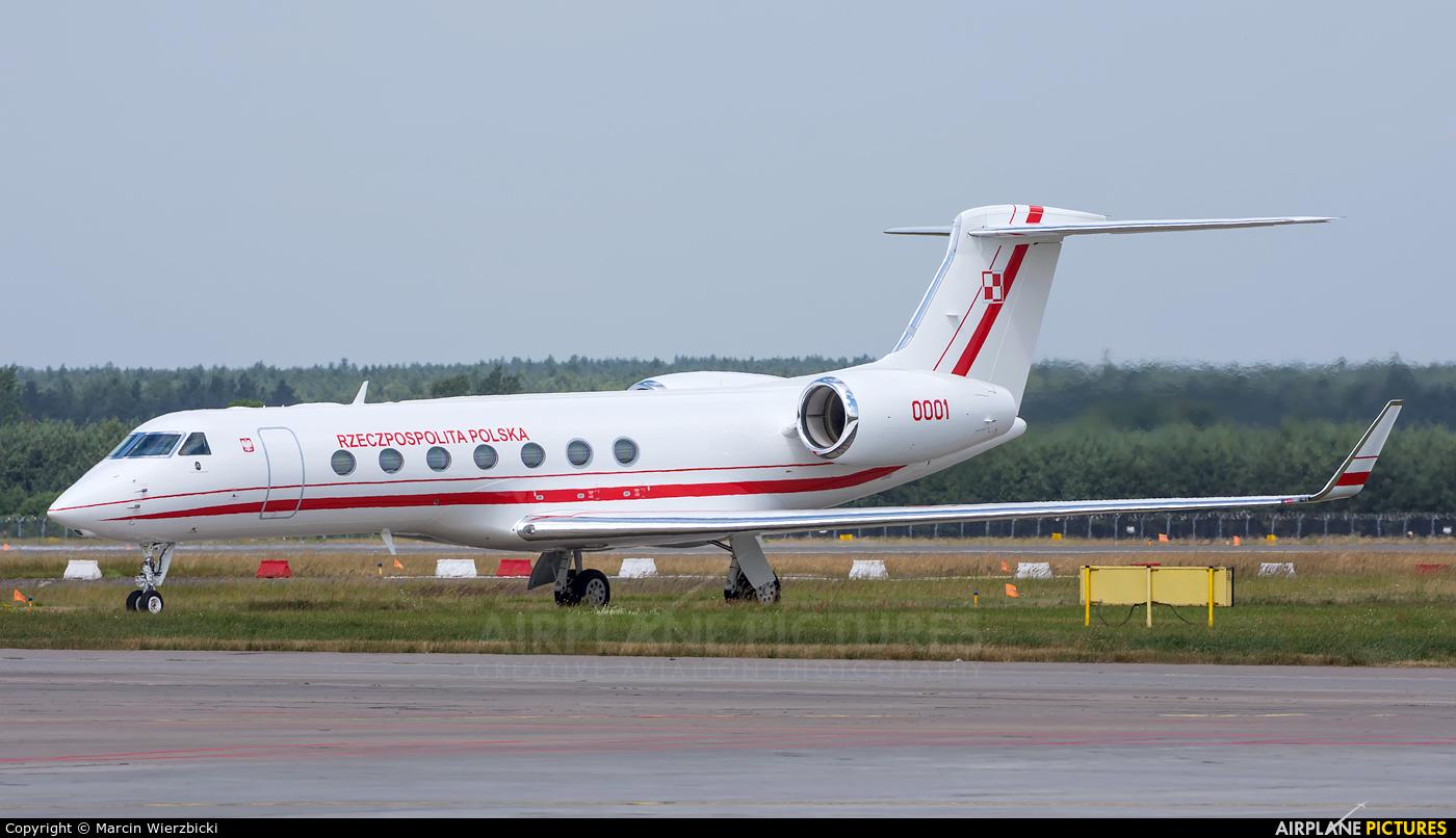 Poland - Air Force 0001 aircraft at Katowice - Pyrzowice
