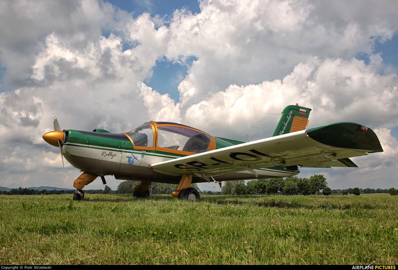 Private SP-IOL aircraft at Świebodzice