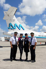 - - Aeromar - Airport Overview - People, Pilot
