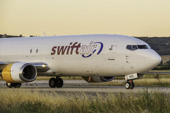 EC-MFE - Swiftair Boeing 737-400F