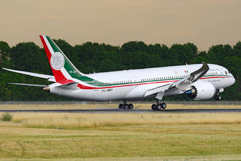 TP-01 - Mexico - Air Force Boeing 787-8 Dreamliner