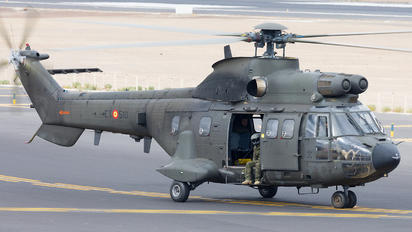 HU.21-12 - Spain - FAMET Aerospatiale AS332 Super Puma