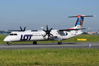 SP-EQI - LOT - Polish Airlines de Havilland Canada DHC-8-400Q / Bombardier Q400