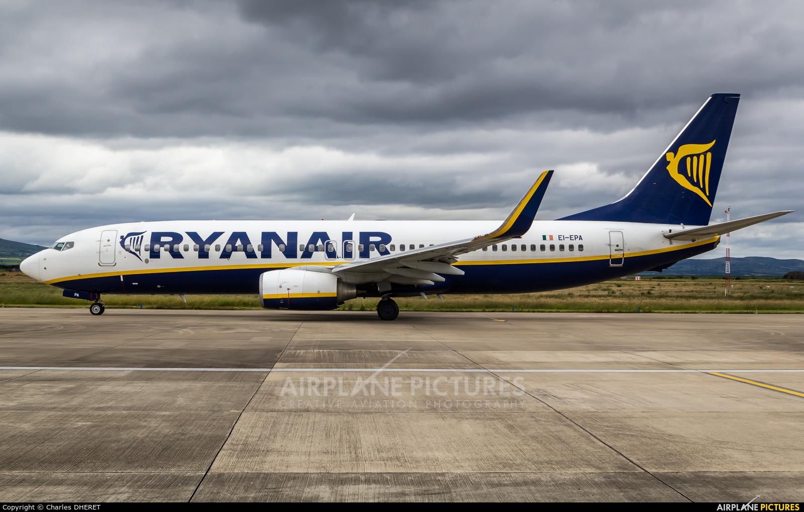Ryanair EI-EPA aircraft at City of Derry