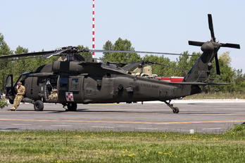 12-20500 - USA - Army Sikorsky UH-60M Black Hawk